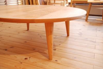 ブラックチェリー 丸リビングテーブル