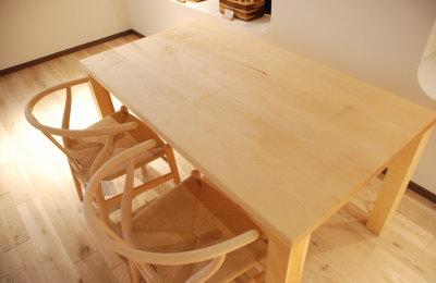 水目桜テーブル