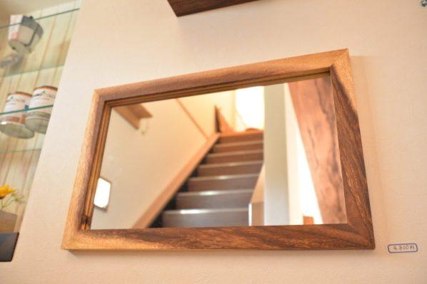 モンキーポッド鏡