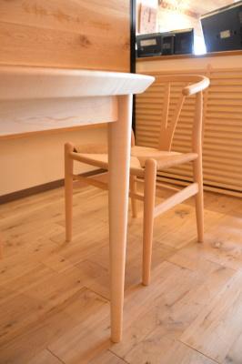 メープル円テーブル