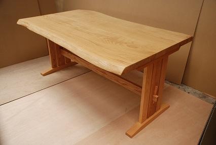 クリダイニングテーブル