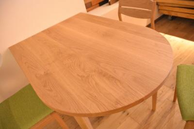 オーダー特殊形状無垢テーブル