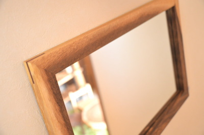 無垢人気壁掛け鏡(ミラー)モンキーポッド