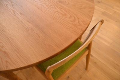 無垢テーブル 丸型