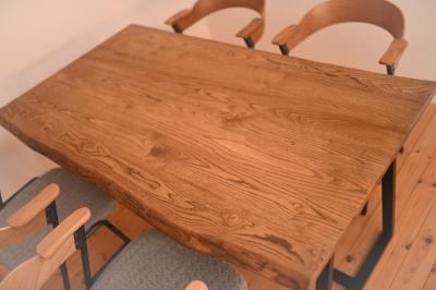 耳付き天板×アイアン脚テーブル04