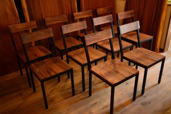 無垢オーダー家具・ウォールナットアイアン椅子