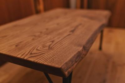 無垢アンティーク仕上げローテーブル02