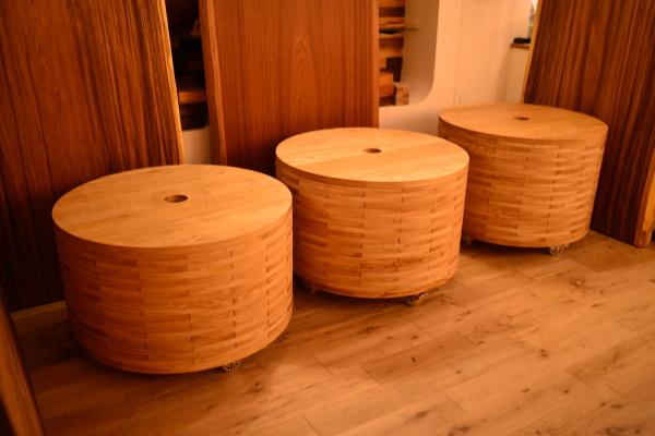 無垢円形水槽台(アクアキャビネット)