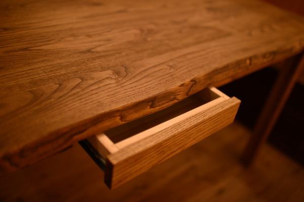 耳付き無垢テーブル