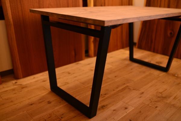 無垢アイアン脚テーブル