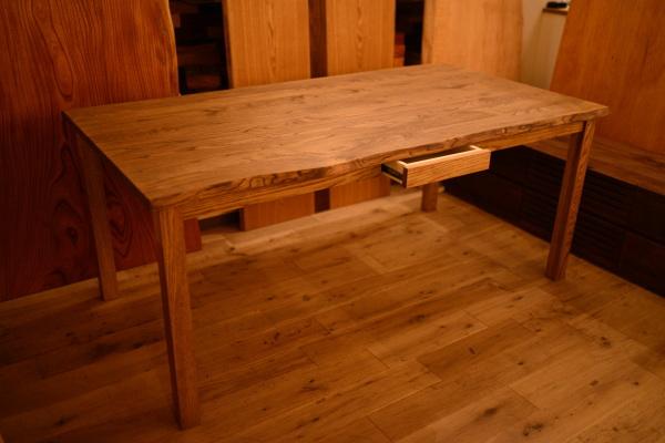 無垢耳付きテーブル