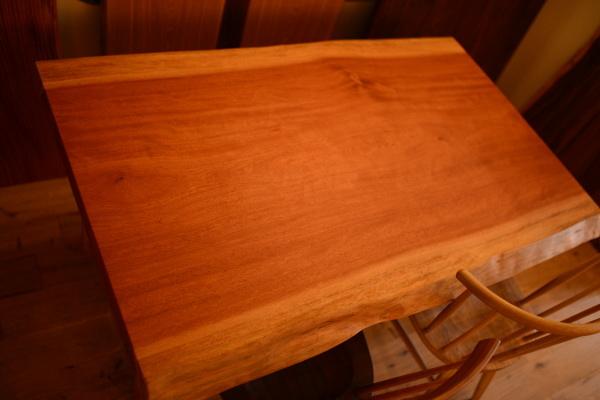 チェリー一枚板テーブル