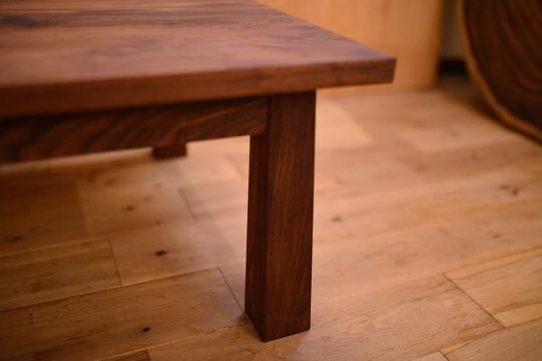 無垢ウォールナットテーブル