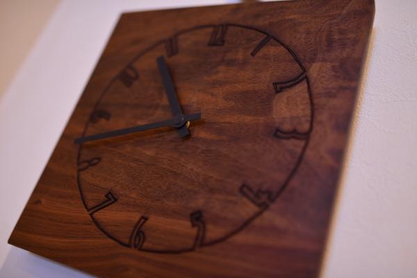 無垢ウォールナット時計